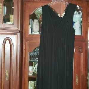 Classy Black Maxi Dress 2x Nicotto